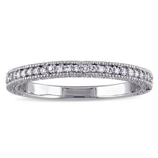 Laura Ashley 10k White Gold 1/8ct TDW Diamond Semi-Eternity Wedding Band (G-H, I1-I2)