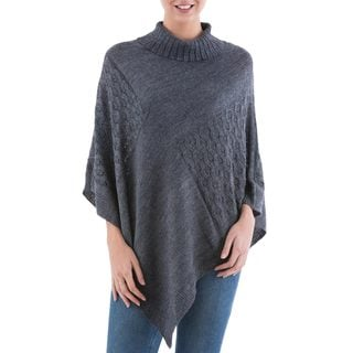 Handcrafted Acrylic Alpaca Blend 'Grey Reality Squared' Poncho (Peru)