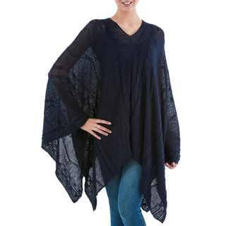 Handcrafted Acrylic Alpaca Blend 'Navy Earth Cracks' Poncho (Peru)