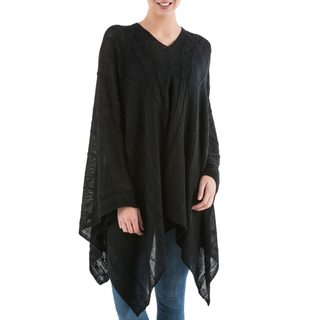 Handcrafted Acrylic Alpaca Blend 'Black Earth Cracks' Poncho (Peru)