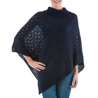 Handcrafted Acrylic Alpaca Blend 'Navy Reality Squared' Poncho (Peru)