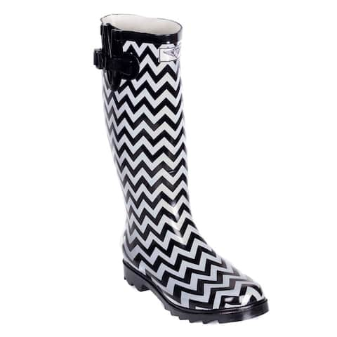 Forever Young Women Black/ White Rubber Chevron Design Rain Boots