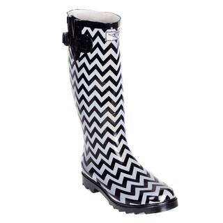 Forever Young Women Black/ White Rubber Chevron Design Rain Boots