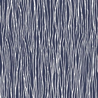 Wakefield Vinyl 32.7-foot x 20.5-inch Modern Pre-pasted Stria Wallpaper