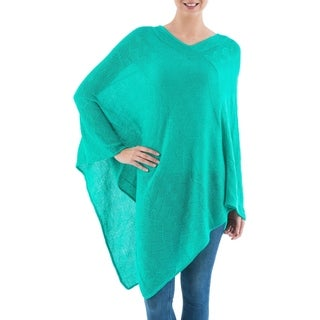 Handcrafted Acrylic 'Turquoise Tulip Petal' Poncho (Peru)