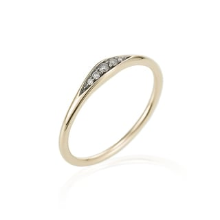 14k Yellow Gold Diamond Accented Tapered Ring (I1-I2, H-I) by Ever One