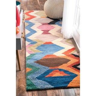 nuLOOM Handmade Wool Chevron Multi Runner Rug (2'6 x 8')