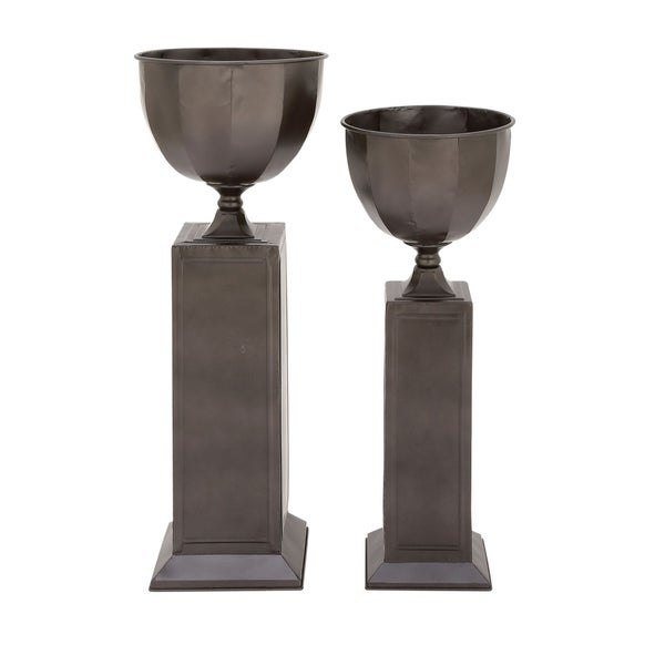 Studio 350 Metal Planter Set of 2, 35 inches, 40 inches high