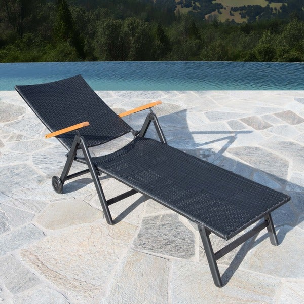 Sorrento Outdoor Black Wicker Chaise Lounge by Corvus - Free Shipping Today - Overstock.com - 19777302 : black wicker chaise lounge - Sectionals, Sofas & Couches