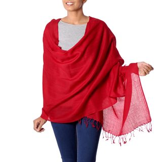 Handmade Wool 'Valley of Kashmir in Red' Shawl (India)