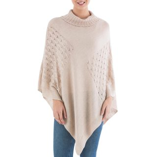 Handcrafted Acrylic Alpaca Blend 'Beige Reality Squared' Poncho (Peru)
