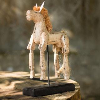 Handmade Rain Tree Wood 'Beige Horse' Sculpture (Thailand)