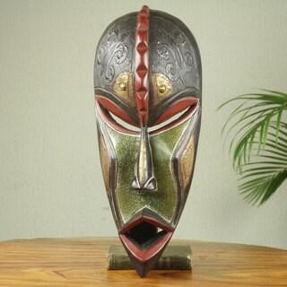 Handcrafted Sese Wood 'Hye Wonnye' African Wall Mask (Ghana)