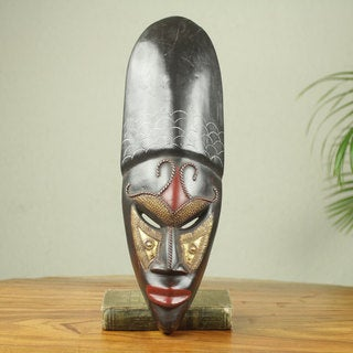 Handcrafted Sese Wood 'Queen' African Wall Mask (Ghana)