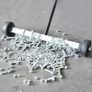 Steel Core 17-inch Mini Magnetic Sweeper - Silver