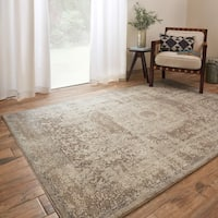 Traditional Taupe/ Beige Medallion Border Rug - 6'7 x 9'2