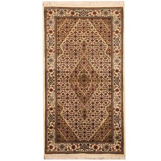 Herat Oriental Indo Hand-knotted Tabriz Wool & Silk Rug (2'6 x 4'6)