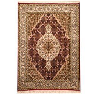 Herat Oriental Indo Hand-knotted Tabriz Wool & Silk Rug (2'10 x 4')