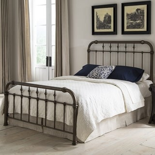 Vienna Complete Bed with Metal Duo Panels and Carved Finials