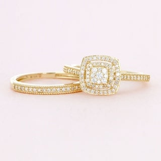 De Couer 10k Yellow Gold 1/3ct TDW Diamond Cluster Halo Bridal Set (H-I, I2)