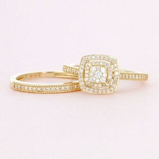 De Couer 10k Yellow Gold 1/3ct TDW Diamond Cluster Halo Bridal Set