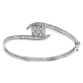 Elora 10k White Gold 1/2ct TDW Round White Diamond Cluster Bangle Bracelet (H-I, I1-I2)
