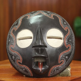Handcrafted Sese Wood 'Bliss' African Wall Mask (Ghana)