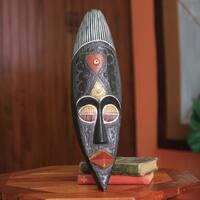 Handmade Sese Wood 'Love' African Wall Mask (Ghana)