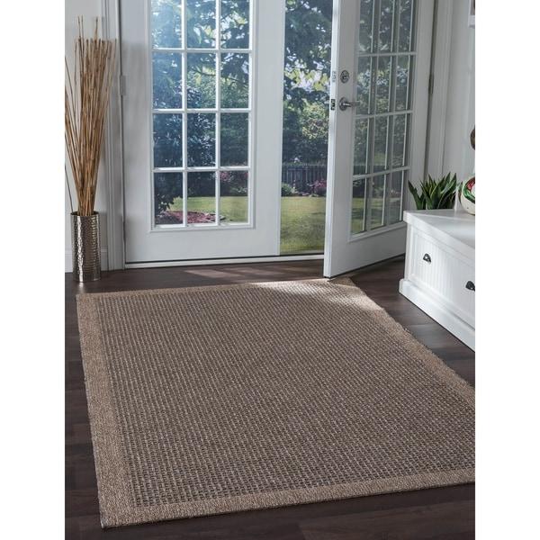 Seros Modern 'Spice' Indoor/Outdoor Area Rug - 7'2 x 10'2