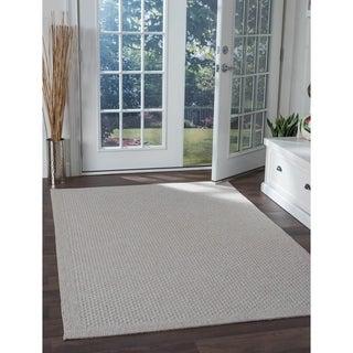 Seros Modern Cream Indoor/Outdoor Area Rug - 4'9 x 7'