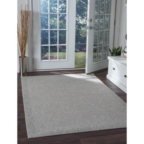 Seros Modern Grey Indoor/Outdoor Area Rug - 4'9 x 7'