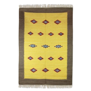 Handmade Wool 'Sunshine and Starlight' Dhurrie Rug (4x6) (India)