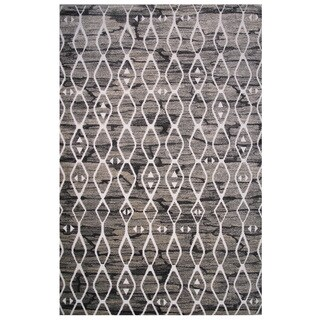 Cancun Collection Black and Gray Diamond Pattern Area Rug 5'x8'