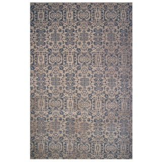 Vintage Collection Blue and Cream Ornamental Rug 5'x8'
