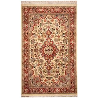Handmade Herat Oriental Pakistani Tabriz Wool Rug (Pakistan) - 2'7 x 4'3