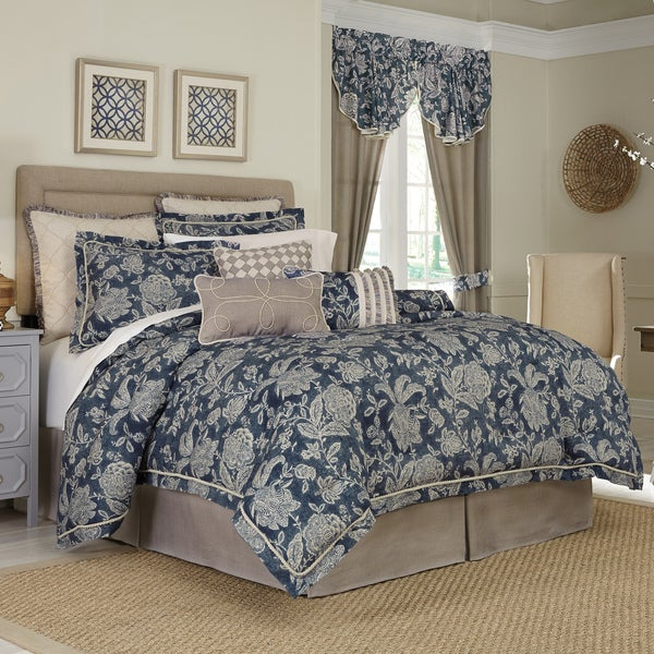 Croscill Gavin Printed Floral 4-piece Comforter Set
