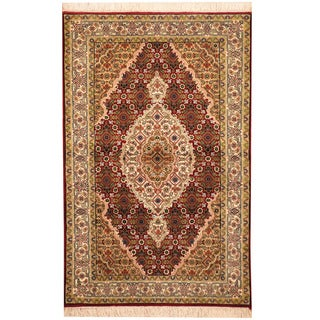 Herat Oriental Indo Hand-knotted Tabriz Wool and Silk Rug (2'8 x 4'2)
