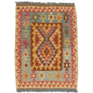 eCarpetGallery Kashkoli Red/Yellow Wool Handwoven Kilim Rug (2'10 x 3'10)