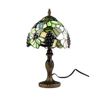 Green Art Glass and Resin 8-inch Grape Tiffany-style Table Lamp