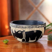 Handcrafted Sese Wood 'African Animals' Decorative Bowl (Ghana)