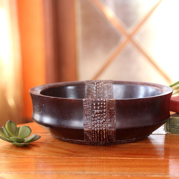 Handcrafted Sese Wood Aluminum 'The King's Possession' Decorative Bowl (Ghana)