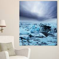 Designart 'Beautiful Melting Glacier in Iceland' Oversized Landscape Canvas Art