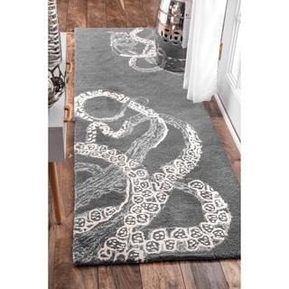 nuLOOM Handmade Octopus Tail Faux Silk/ Wool Grey Runner Rug (2'6 x 8')