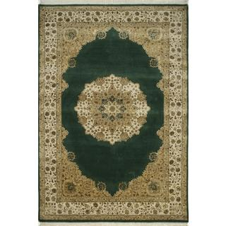 Hand Knotted Dark Green/Medium Ivory Traditional Medallion Pattern Rug (6' X 9')