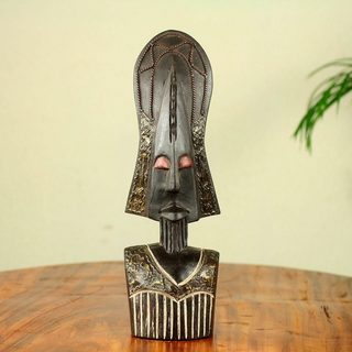 Handcrafted Sese Wood 'Proud Fulani' African Tabletop Mask (Ghana)
