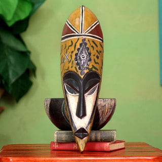Handcrafted Rubberwood 'Young Mother' African Mask (Ghana)