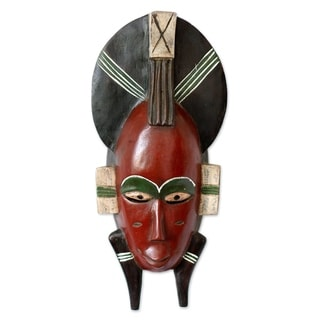Handcrafted Sese Wood 'Senufo Proposal' African Wall Mask (Ghana)