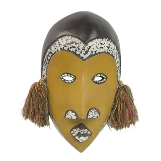 Handcrafted Sese Wood 'Monkey Mirage' African Wall Mask (Ghana)