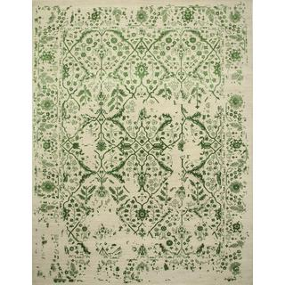 Hand Knotted Creamy White/Vibrant Green Transitional Pattern Rug (9' X 12')