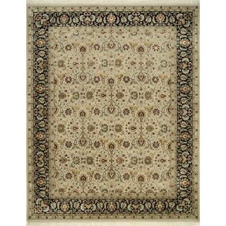 Hand Knotted Medium Ivory/Ebony Classic Pattern Rug (6'6 X 9'10)